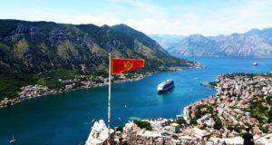 Zatoka Kotorska jest jedynym fiordem w tej części Europy.