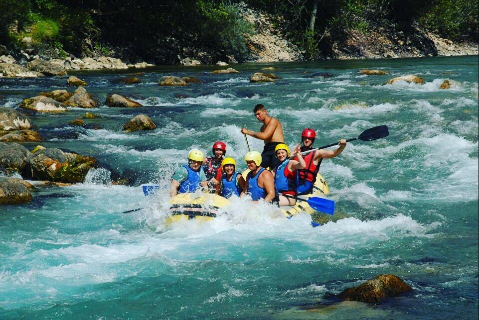 Rafting rzeką Tarą jest organizowany w północnej części kraju.