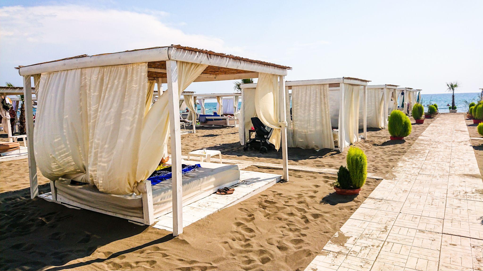 Piaszczysta Plaża w Ulcinj.