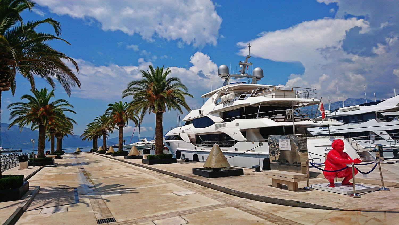Port Montenegro w Tivacie.