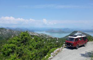 Autorka zdjęcia Gośka Rębiś, samochodem przemierzała Czarnogórę :)