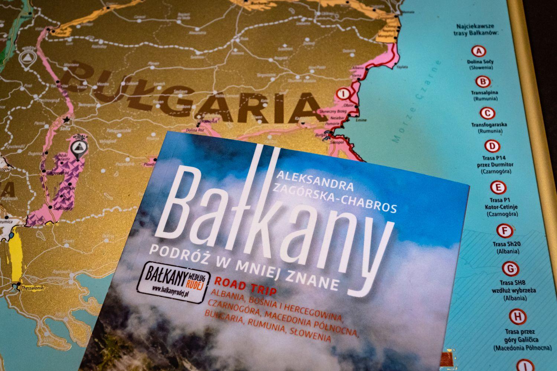 """Mapa jest świetnym uzupełnieniem książki """"Bałkany, podróż w mniej znane""""."""